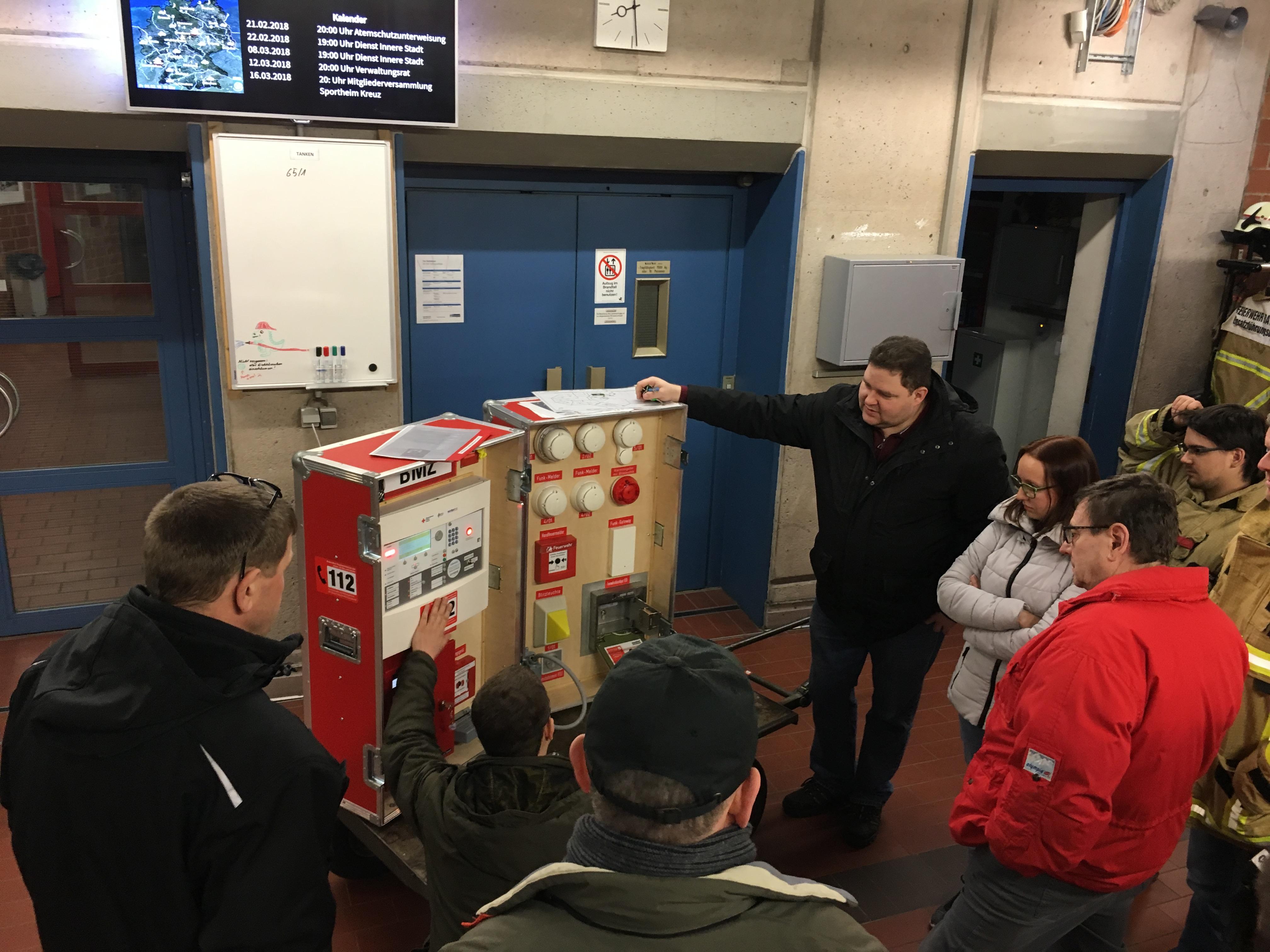 Nett Elektrischer Verdrahtungsboden Galerie - Der Schaltplan ...
